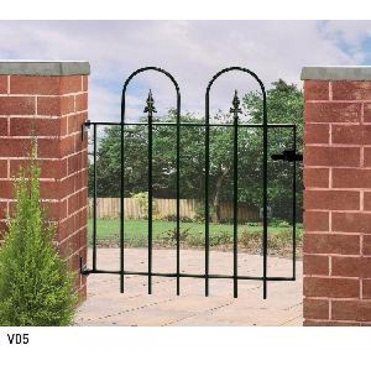 3' Village Gate