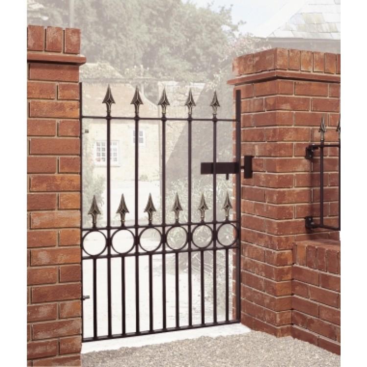 BALMORAL SPEAR TOP SINGLE GATE 1168 HIGH X 914 GAP.