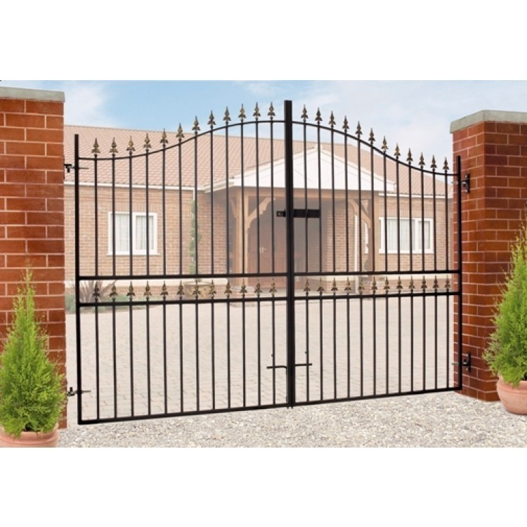 "Corfe Tall Bow Top Metal Estate Driveway Gate  83"" High"